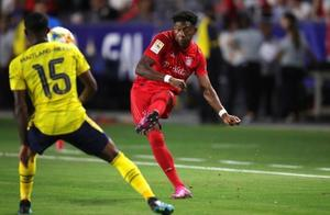 国际冠军杯阿森纳2-1绝杀拜仁,奥巴梅杨造乌龙,莱万破门难救主