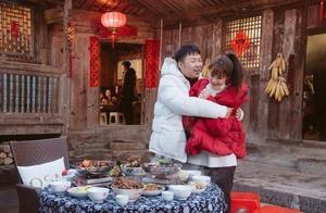 杜海涛参加助理婚礼小手一挥送套房,新娘下意识获赞,一套房不亏