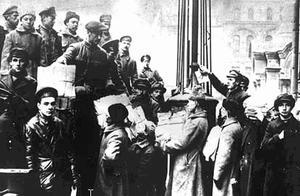 俄国沙皇被工人罢工,发现银行政府统统关门,专家:起义成功了