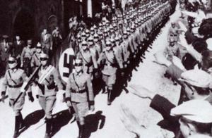 军队还没打就举白旗,反遭拒,被激怒后2小时全灭敌军