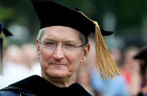 斯坦福大学邀苹果CEO库克为毕业典礼致辞,14年前乔布斯也曾演讲