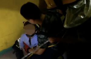 隔壁装修存隐患!5岁男孩不慎从23楼坠落19楼挂在空调外机上!
