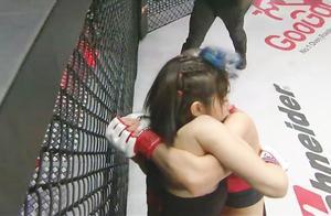 日本vs韩国最美女拳手之战!摁倒猛砸,观众捂脸不敢看!