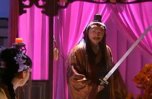 女儿郭芙砍断杨过手臂,郭靖也要女儿断手偿还,幸亏黄蓉及时阻止