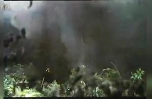 自卫反击战电影,对待侵犯我主权者万炮齐轰,决不手软!
