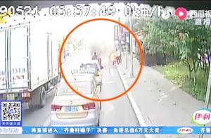 惊险!青岛一司机全身被引燃,整个人瞬间变火球,痛苦倒地打滚