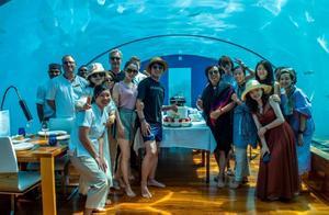 郎朗婚后迎来首个生日,妻子家人出镜,在海底餐厅庆生场面超壮观