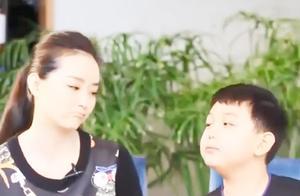 被问是不是老公不让她拍戏,王艳的回答,简直是好女人的典型