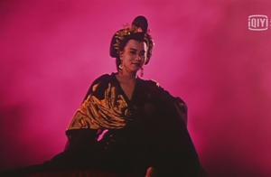 燕赤霞冷不丁被鬼王调戏一下,还有点不好意思。