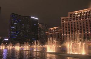 美国赌城拉斯维加斯用一首《Uptown Funk》诠释了水与音乐的结合