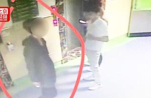 女子开房见网友竟遭持刀抢劫 警方:在校大学生 网上赌博输了钱