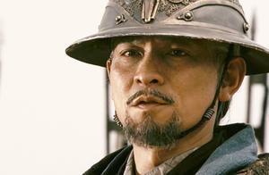 赵子龙带兵出征,诸葛亮虽热不在身边,但早已写好锦囊来助子龙