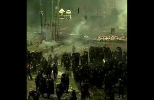 这国家大选后,反对者走上街头抗议,发生冲突致6死200伤