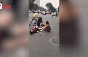 突发:广州林和中路一小车突然撞向大量行人 监控曝光!
