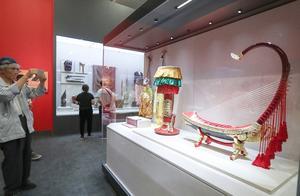 """亚洲文明""""全家福"""" 中国国家博物馆文物展人气爆棚"""