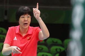 郎平教练怒了!面对日本球迷的挑衅侮辱行为,她立下不成文规定!