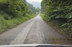 贵州农村村村通路,路通财更通,所以贵州农村变化太大了