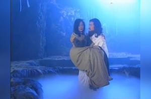 大师将麻风女放入硫磺温泉中,出水后原本容貌惊呆达摩,太美了!
