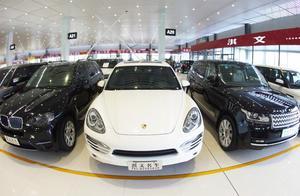 为什么二手车市场的车很新,价格还很便宜,听老板怎么说