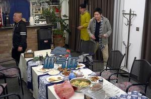 孟非饭馆出现问题,佟大为的一番提议却被屡屡吐槽,看完笑喷