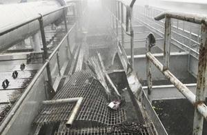 直升机在纽约摩天大楼屋顶坠毁 飞行员当场死亡