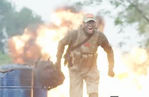 霹雳火:敌人的火力很猛,霹雳火行动受阻,特种兵舍命炸坦克