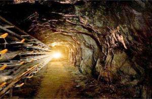 地底存在4000公里隧道,内饰奢华超现代,科学家对成因存疑!
