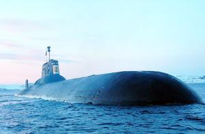 不到2分钟70人丧命!中国潜艇最大的事故!半个月才被发现,心痛
