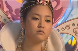 巴啦啦小魔仙:女王陛下突然晕倒,气氛瞬间紧张,小月太厉害了