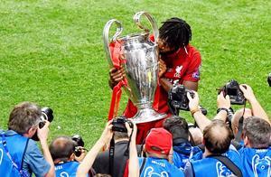 奥利吉回顾利物浦夺冠庆祝 激动的没睡够
