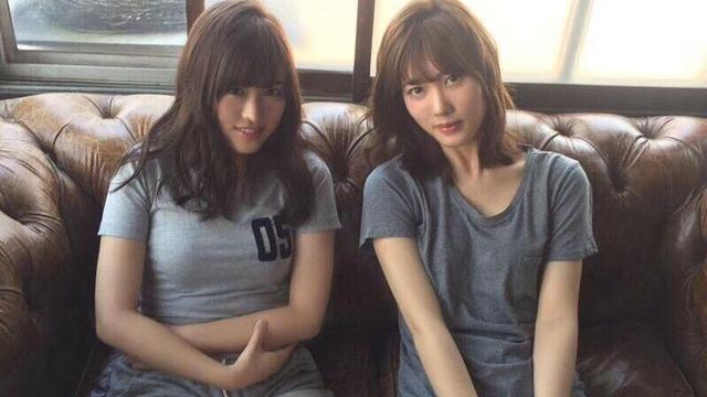 我15岁了男生刘海是左边好看还是右边我现在是左边的