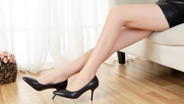 查看宝贝:欧洲站内增高休闲鞋镂空打眼网布鞋运动鞋尖头坡跟鞋韩版潮女单鞋ht