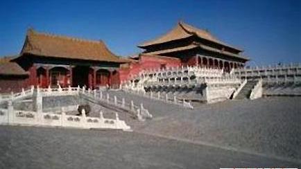 古代中国是世界四大文明古国(修改病句)