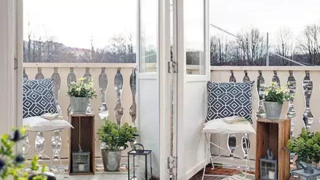 如何打造完美的阳台花园