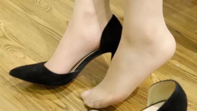 买的高跟鞋有点短怎么办