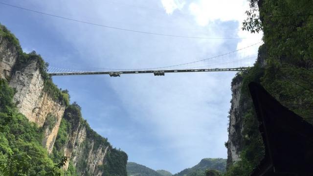 从南充市坐火车想去湖南张家界玻璃桥玩怎么样最方便