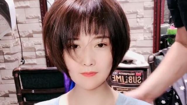 40岁女性剪什么发型好看