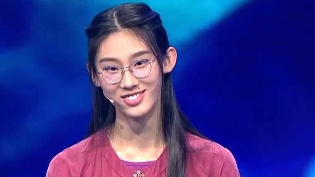 《中国诗词大会》冠军是谁