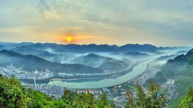 广西天峨县有多少人口