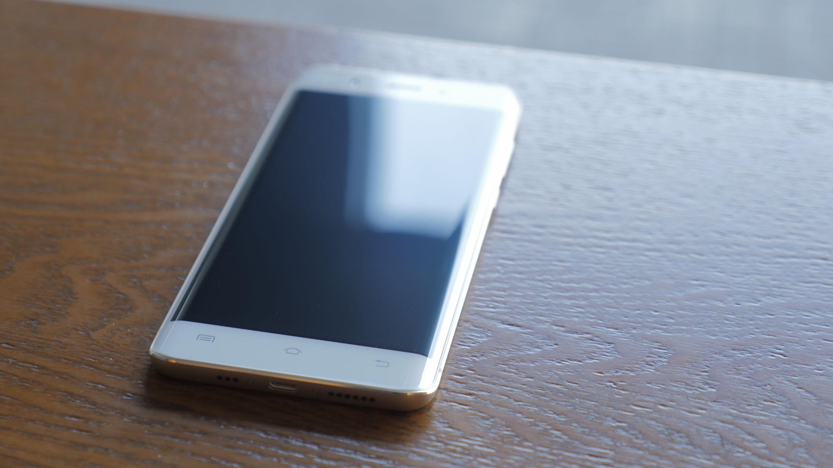 vivo旗舰级新手机欲PK三星?急速入门感受Xplay 5
