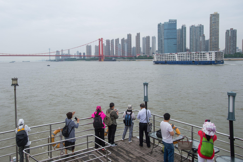 看江、观桥、赏樱, 长江游船新开3条特点日游航路