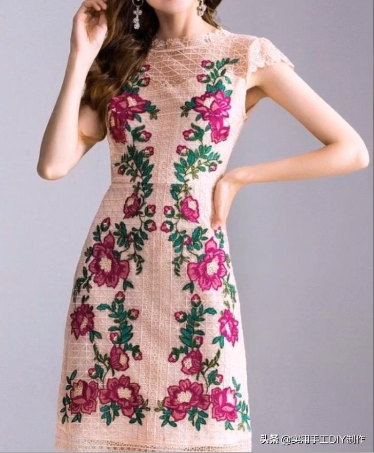 「刺绣作品」35款美丽的花朵刺绣连衣裙,美女衣橱里必备的单品