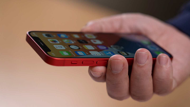 """苹果12用户成""""炮灰""""?苹果13设置装备摆设暴光,果粉们等对了"""