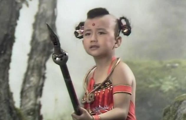 """《西紀行》中阿誰看火爐的仙童,網友迷惑:肯定不是""""賈玲""""嗎?"""