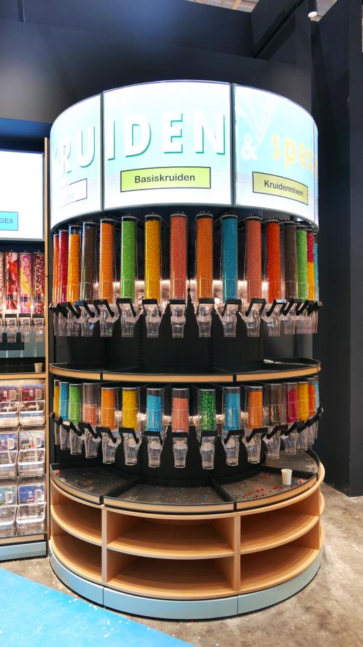 益扣的塑料盒为什么可以做到走出国门,迈向国际?