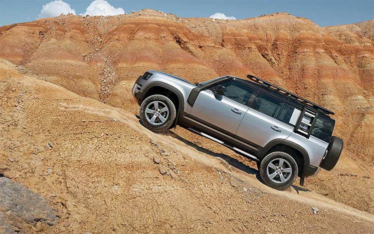 全新路虎卫士发布:新增插电混动版车型 起售价77.8万元