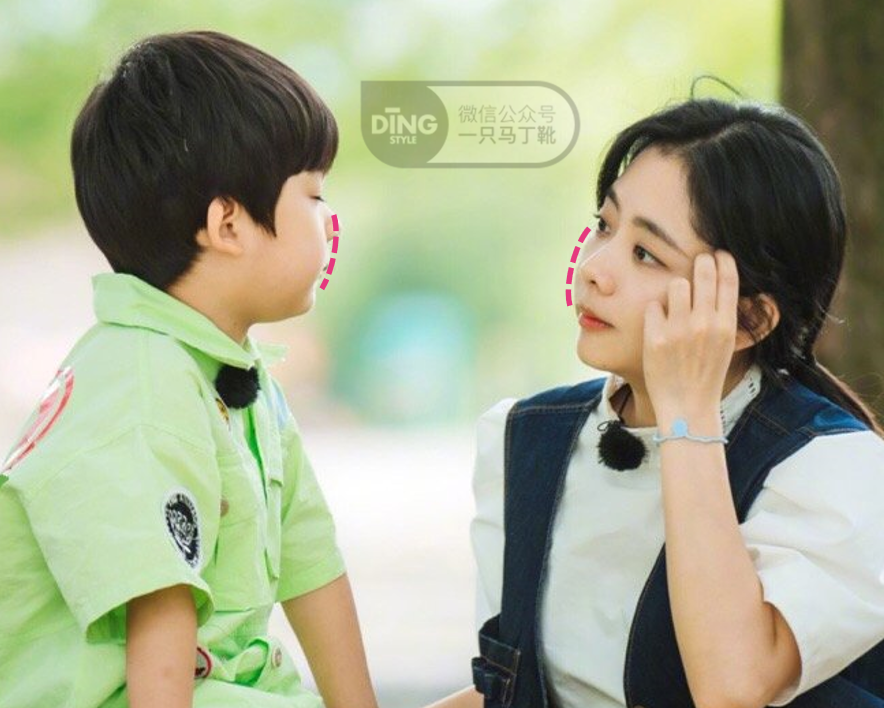 谭松韵 VS 赵露思:她们的少女感有什么不同?