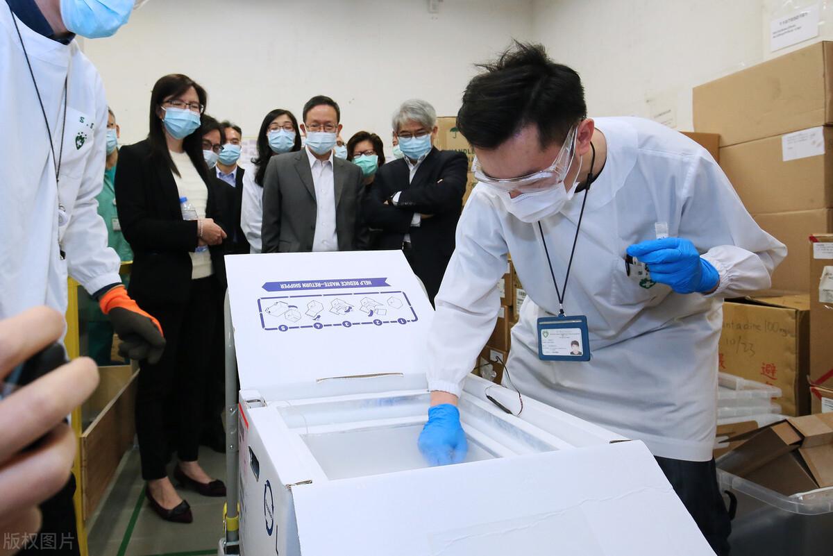 珠海人打疫苗很积极,为什么不用限号排队的澳门人就拖拖拉拉不爱打呢?澳门疫苗接种应跟上国内的步伐