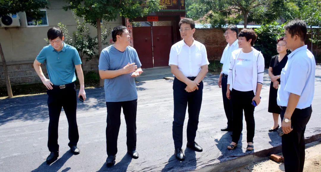 高青县委书记王金栋调研交通重大项目建设