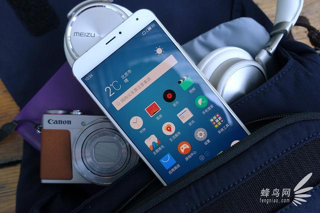 随便不用说极致 魅族手机旗舰级Pro5金黄板图赏